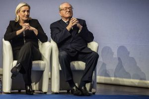 Marin i Žan Mari Le Pen (AFP, Getty Images)